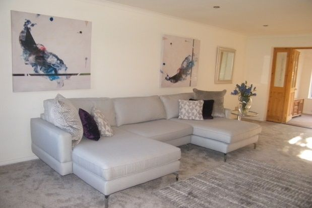 Thumbnail Property to rent in Quintet Close, Exeter