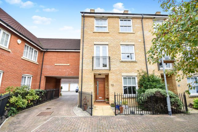 Thumbnail Town house for sale in Fleetwood Square, Chelmsford