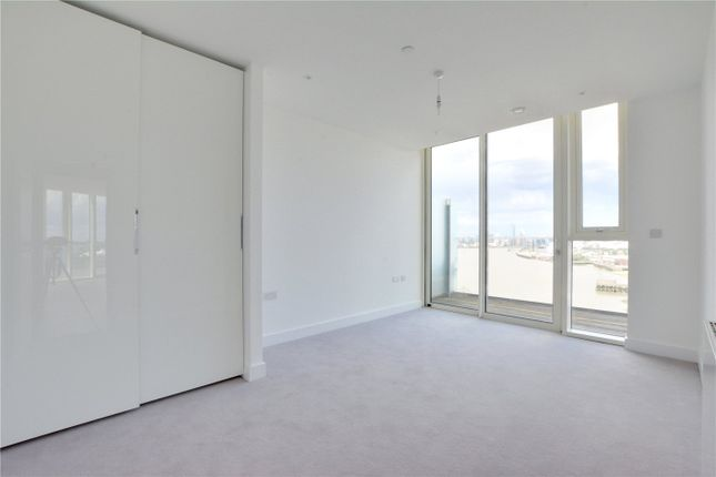Picture No. 16 of Wyndham Apartments, 60 River Gardens Walk, Greenwich, London SE10