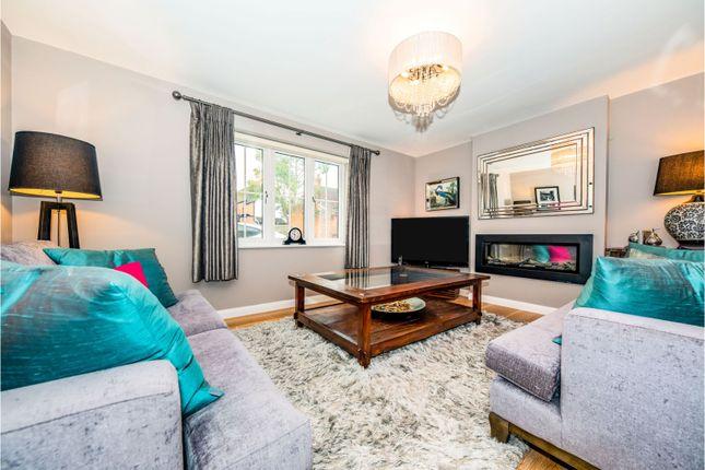 Living Room of Bryant Mews, Guildford GU4