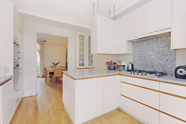 Thumbnail Property to rent in Cristowe Road, London