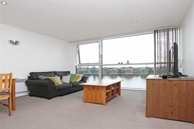 Thumbnail Flat to rent in Western Gateway, London