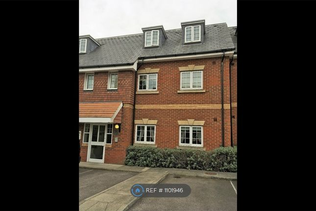 2 bed flat to rent in Stagshaw Close, Maidstone ME15