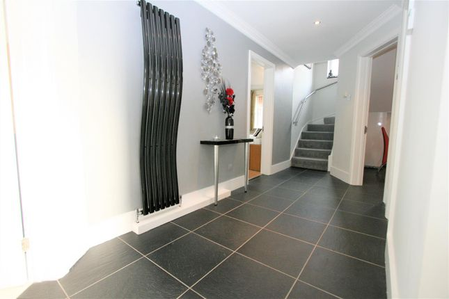 Reception Hall of Turnberry Drive, Bricket Wood, St. Albans AL2