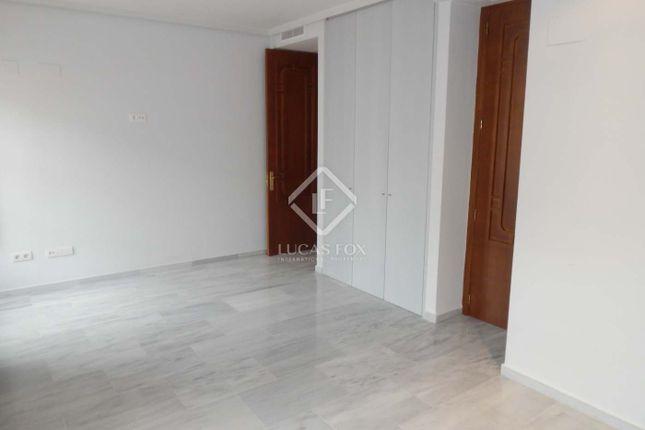 3 bed apartment for sale in Spain, Valencia, Valencia City, Eixample, El Pla Del Remei, Val10592