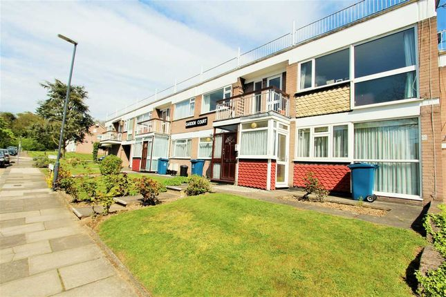 Thumbnail Flat for sale in Garden Court, Marsh Lane, Stanmore