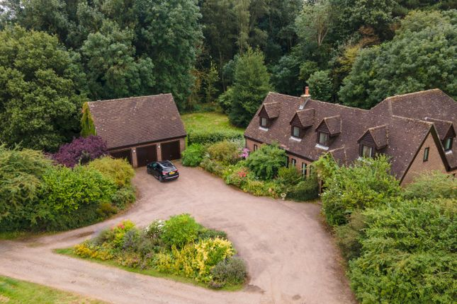 Thumbnail Detached house for sale in Beechwood Park, Markyate, St. Albans