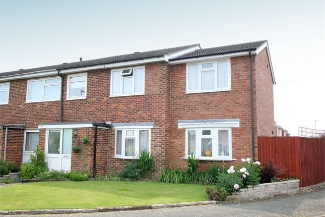 4 bed end terrace house for sale in Bishops Road, Eynesbury, St. Neots