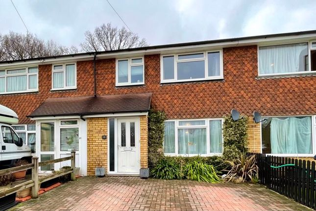 Thumbnail Terraced house for sale in Holroyd Road, Claygate, Esher