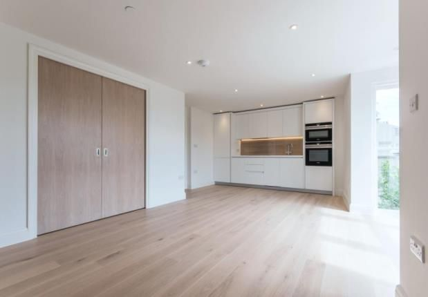 Thumbnail Flat for sale in Esher, Surrey