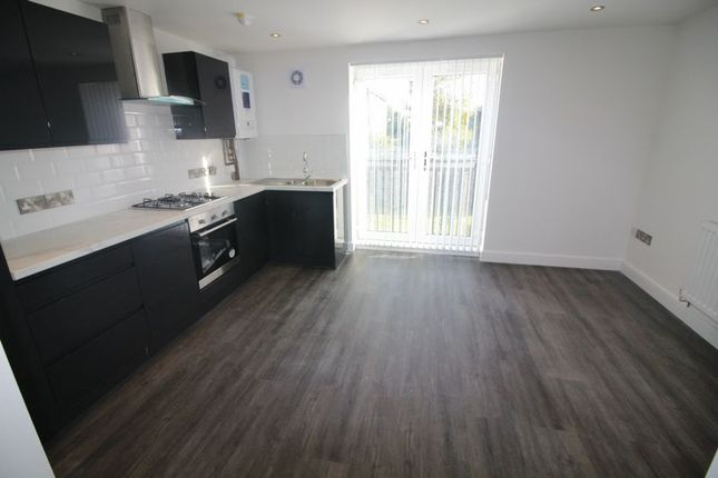 Thumbnail Flat to rent in Lakeside View, Great Georges Road, Liverpool