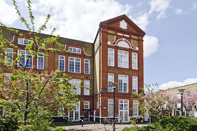 Thumbnail Flat to rent in Batchelor Street, London