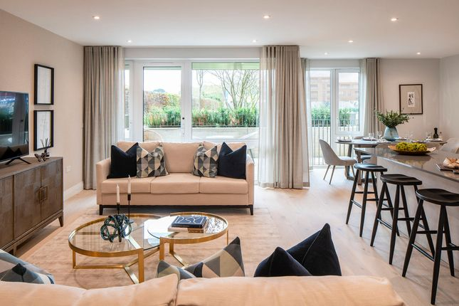 2 bed flat for sale in Inglis Way, Mill Hill East NW7