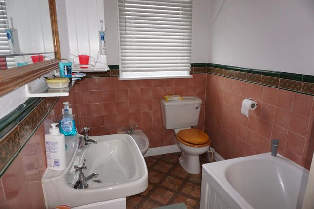 Bathroom of Sandholme Road, Brislington, Bristol BS4