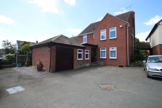 Thumbnail Detached house for sale in Ashingdon Road, Ashingdon, Rochford