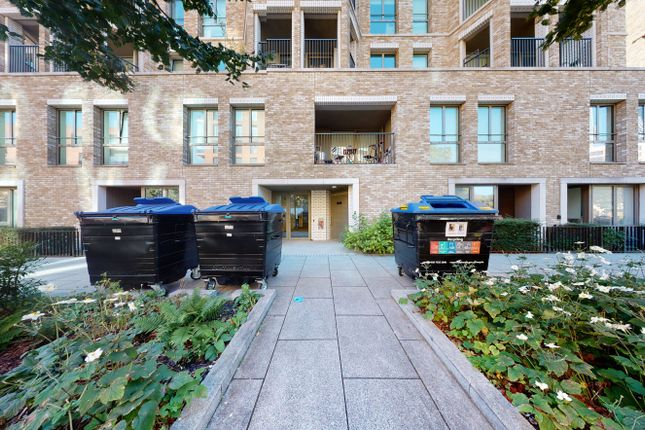 1 bed flat for sale in Henderson Apartments, Rodney Road, Southwark, London SE17