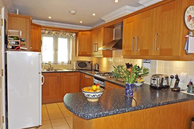 Thumbnail Town house for sale in St. James Meadow, Norwich