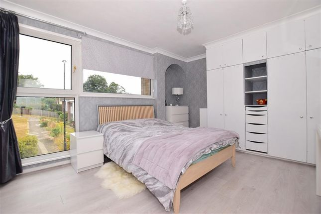 Thumbnail Link-detached house for sale in The North Glade, Bexley, Kent