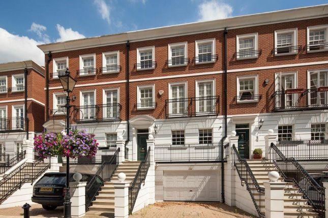 Thumbnail Town house to rent in Kensington Green, London