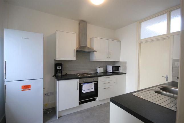 Thumbnail Flat To Rent In Ground Floor Eastern Road Brighton