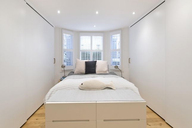 Bedroom Alt of Ladbroke Grove, London W10