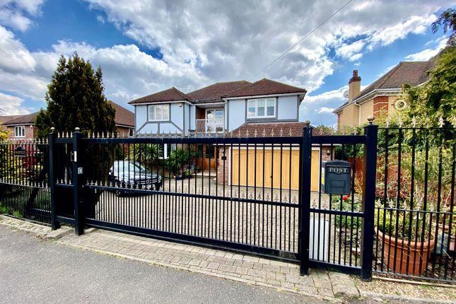Thumbnail Detached house for sale in Burton Lane, Goffs Oak, Waltham Cross