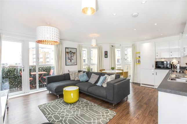 Thumbnail Flat for sale in Ruby Court, 1 Cabot Close, Croydon