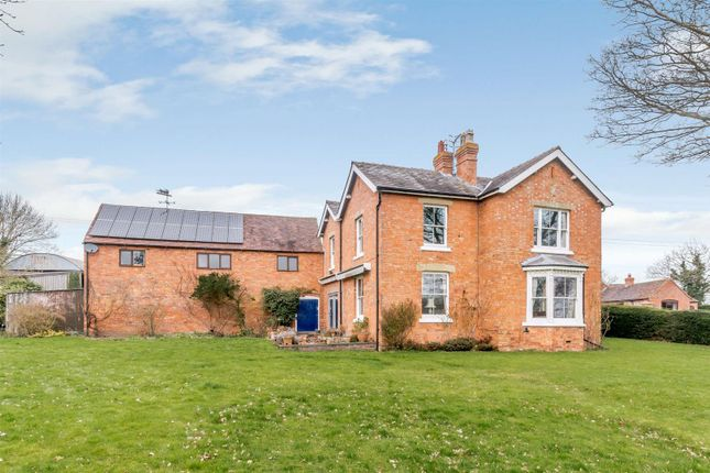 Thumbnail Detached house for sale in Sinton Green, Hallow, Worcestershire