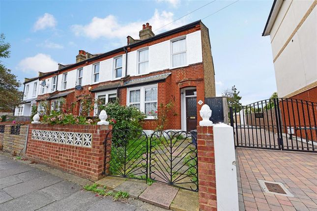 2 bed end terrace house for sale in Effra Road, London
