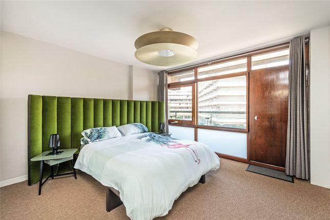 Picture No. 28 of Defoe House, Barbican, London EC2Y
