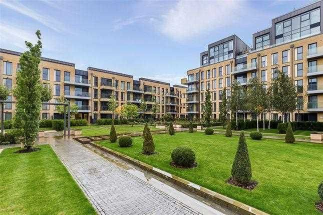 Thumbnail Flat to rent in Riverside Walk Apartment Flat 8, 5 Central Avenue, Fulham