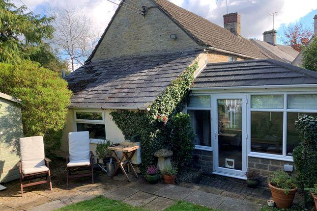 Thumbnail Cottage for sale in Cheltenham Road, Baunton, Cirencester