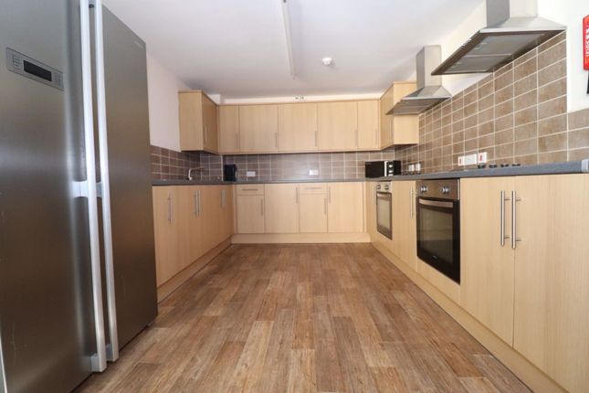 Thumbnail Flat to rent in Miskin Street, Cathays, Cardiff.