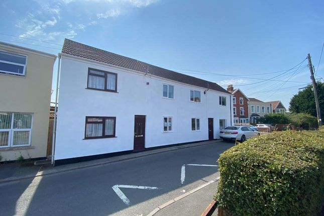 Thumbnail Flat to rent in Station Road, Pill, Bristol