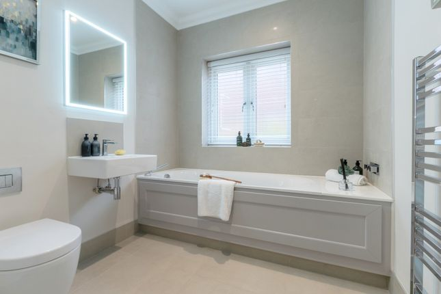 Bathroom of Chestnut House, Cranley Road, Guildford GU1