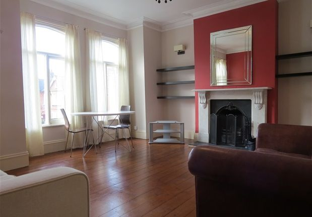 Thumbnail Flat to rent in Kennoldes, Croxted Road, London