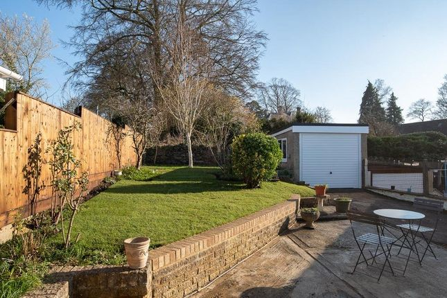 Thumbnail Property to rent in Nine Acres Close, Charlbury, Chipping Norton