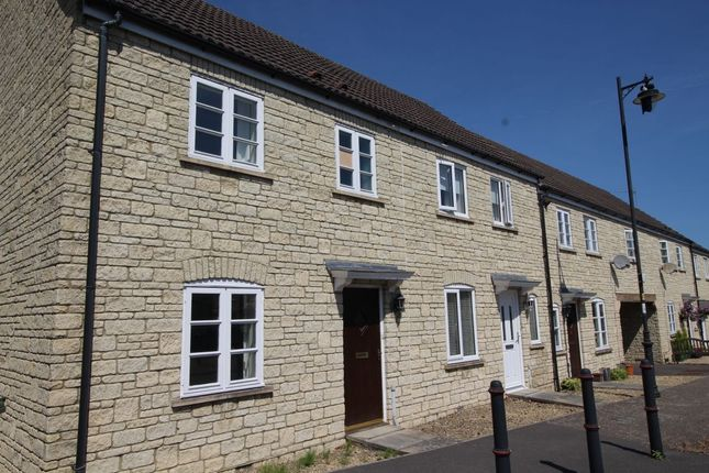 Thumbnail Terraced house to rent in Honeysuckle Close, Calne