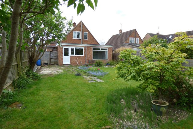 Thumbnail Property for sale in Guildford Avenue, Lawn, Swindon