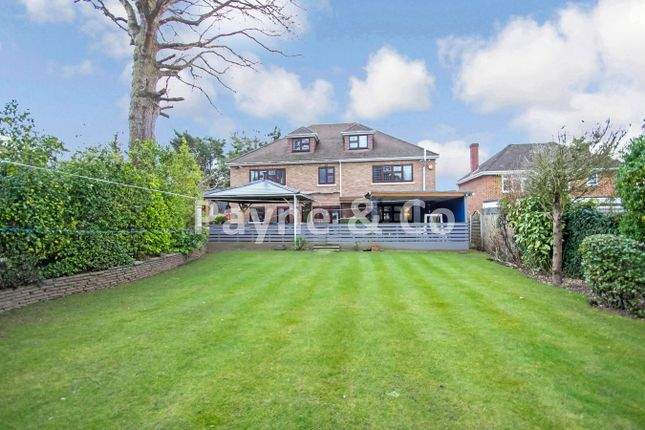 Tomswood Road, Chigwell IG7