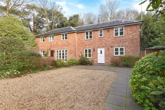 Thumbnail Cottage to rent in London Road, Sunninghill, Ascot