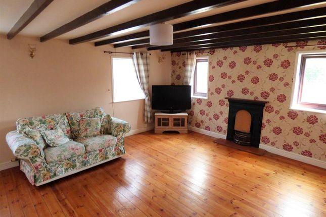 Lounge of Main Road, Saltfleet, Louth LN11