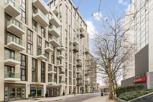 Thumbnail Flat for sale in Alexander Wharf, London Dock, Wapping, London