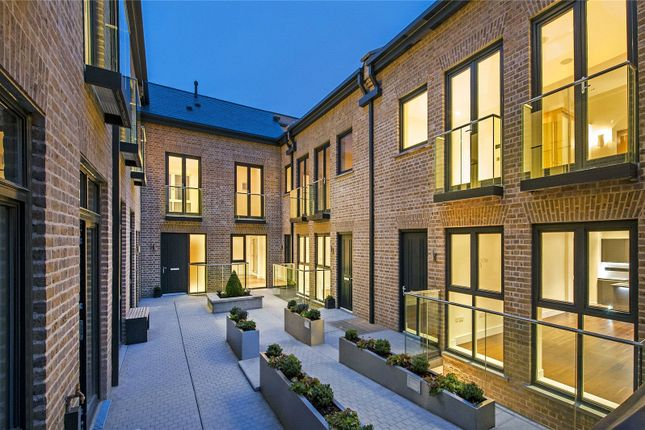 Picture No. 14 of Hob Mews, Tadema Road, Chelsea SW10