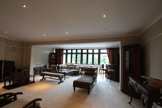 Thumbnail Semi-detached house to rent in Laurel Way, London, North Finchley