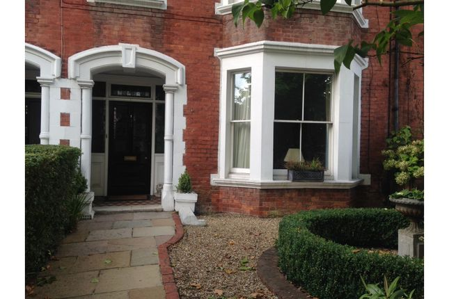 Thumbnail Town house for sale in St. Johns Road, Tunbridge Wells
