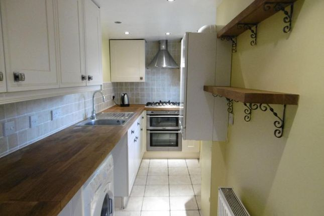 1 bed flat to rent in East Street, Bridport, Dorset DT6