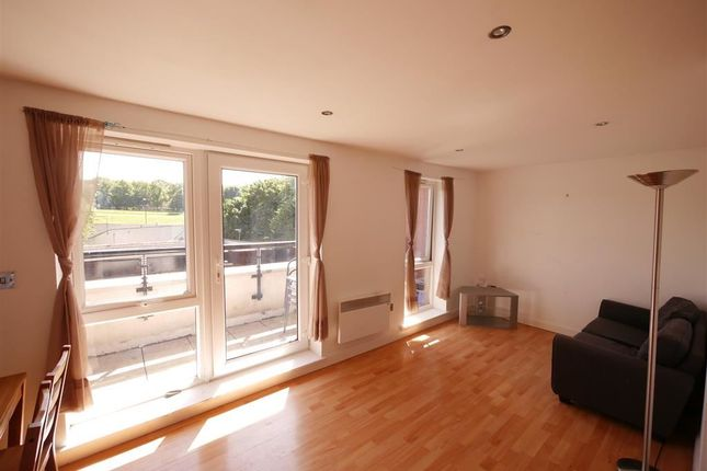 2 bed flat to rent in Holborn Central, Hyde Park, Leeds
