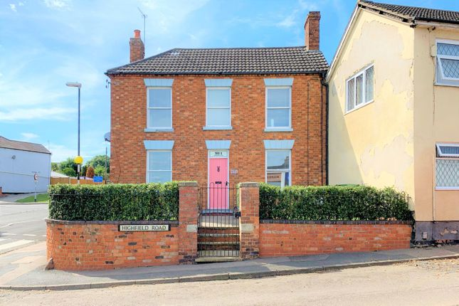 3 bed property for sale in Highfield Road, Irthlingborough, Wellingborough NN9