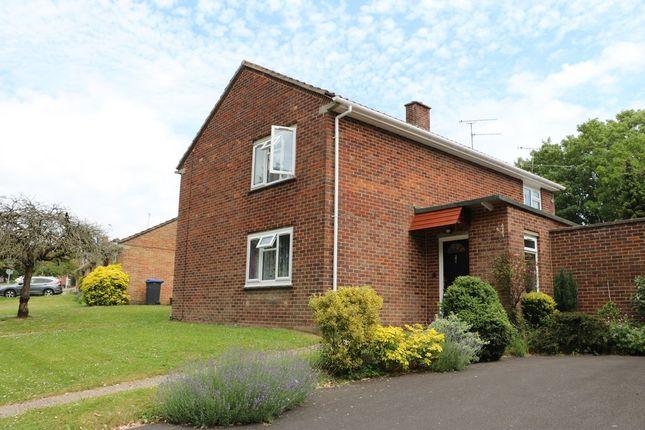 2 bed maisonette for sale in Barrington Road, Salisbury SP1